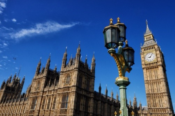 Lords Committee urges FCA to act on 'unacceptable' financial exclusion